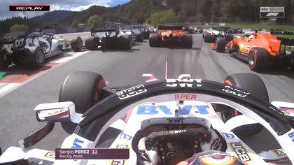 El momento previo al choque entre los pilotos de Ferrari