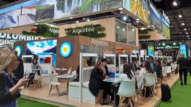 Impulsar la llegada de italianos y españoles, el fanatismo chino por la Antártida y el rol de las low cost: el balance de Argentina en FITUR 2020