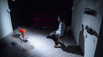La grilla catalana continúa con A.K.A. (Also Known As), el último fenómeno teatral surgido en el off de Barcelona y ganadora de dos Premios Max. (Roser Blanch)