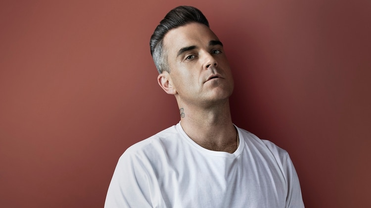 Robbie reveló que estuvo en contacto con el espíritu de Mama Cass