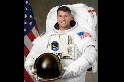 Shane Kimbrough, el astronauta que llevó la pelota a la Estación Espacial Internacional. (NASA)