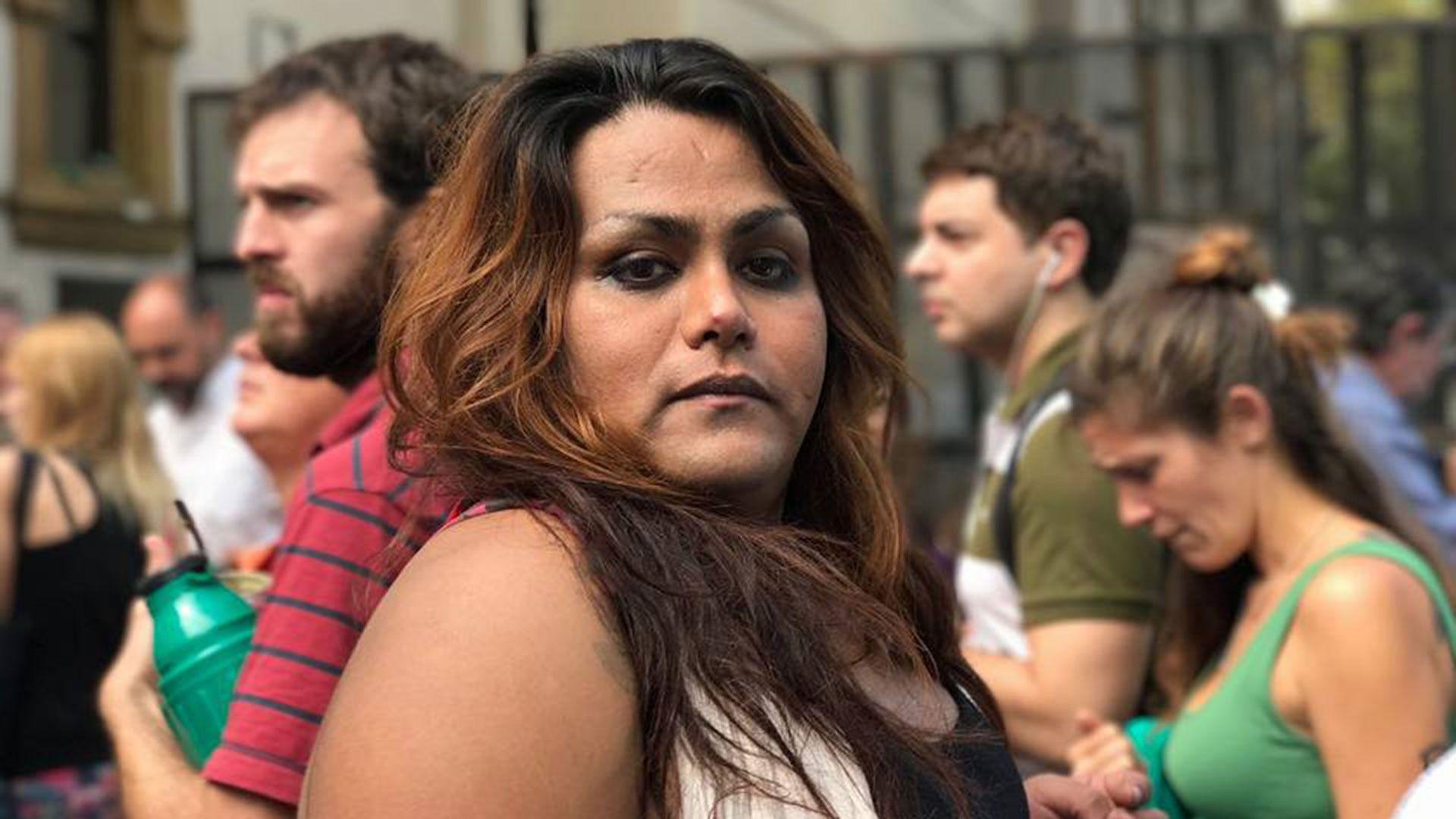 """La activista travesti Alma Fernández dice: """"Yo soy abolicionista porque a los 13 años fui empujada a la prostitución y yo no lo elegí""""."""