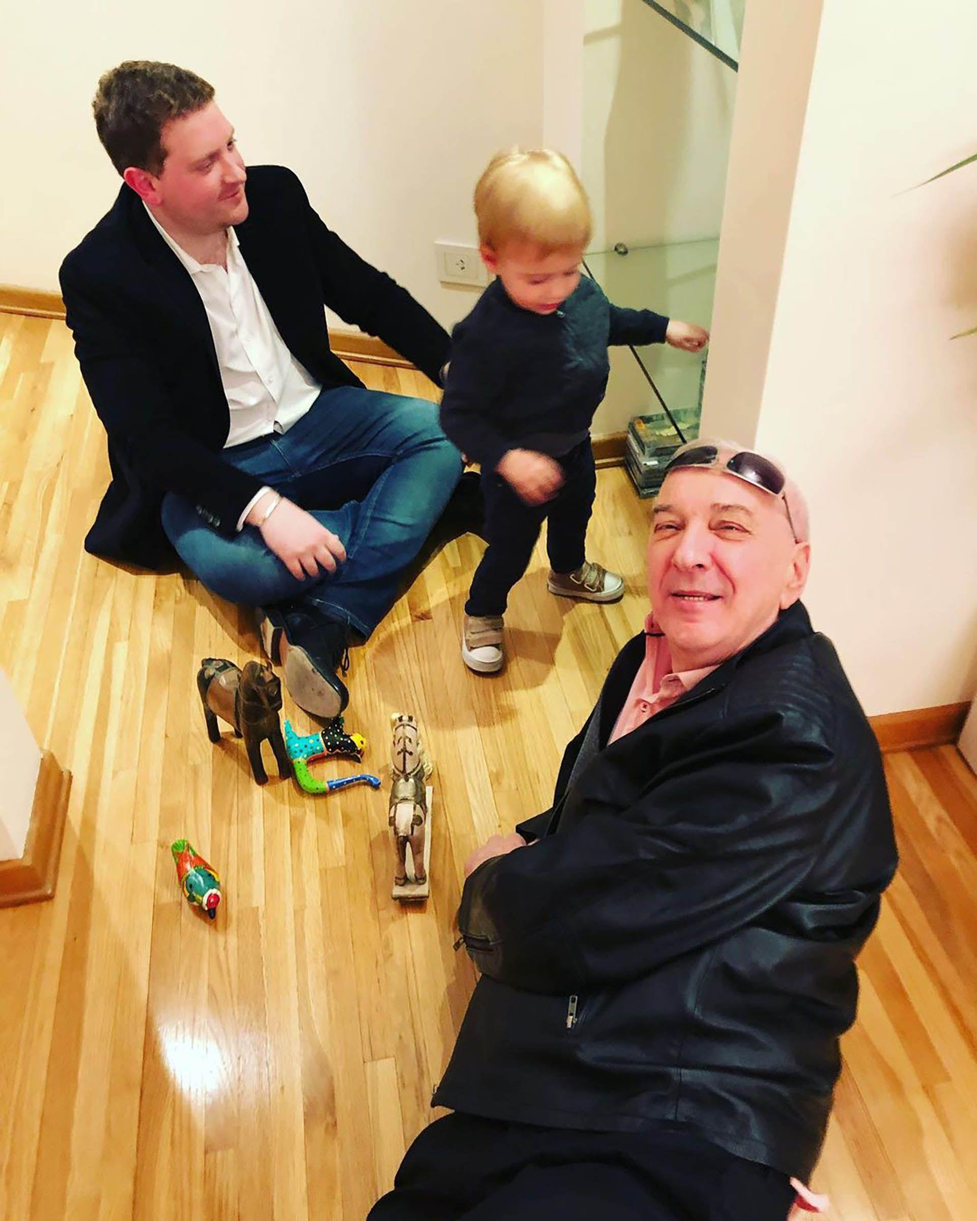 El mensaje de Jonatan Viale a su padre mauro viale
