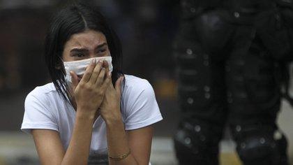 La repatriación de los venezolanos se hizo en 10 autobuses que los recogieron frente a la Alcaldía de Cali (EFE/ Ernesto Guzmán Jr)
