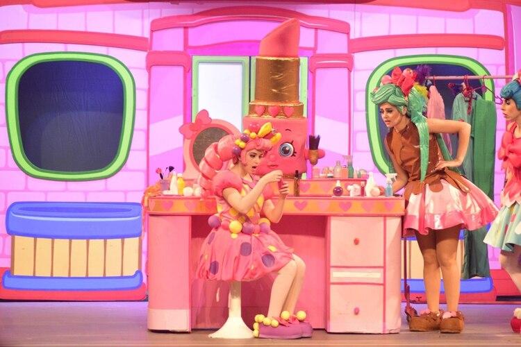 """Jessicake, Bubbleisha, Peppa-Mint, Apple Blossom, Kooky Cookie serán protagonistas de """"Misterio en Shopville"""", una nueva y fantástica historia de Shopkins"""
