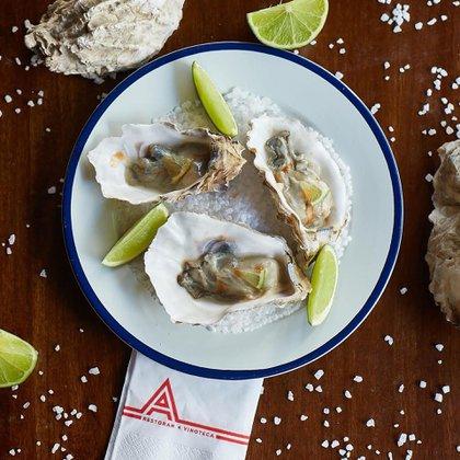 Uno de los principios sobre los que el chef Maximiliano Matsumoto estructura su nuevo desafío como responsable de la cocina de Aldo's es el respeto por los productos que utiliza (@aldoswinebar)
