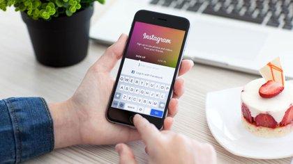Una investigación denunció el modo en que se infla el impacto de las publicaciones en Instagram.