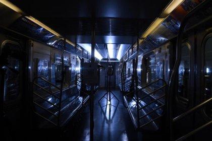 Los subtes de la ciudad de Nueva York utilizaron luces ultravioleta para sanitizar (Foto: Marc A. Hermann/MTA New York City Transit)