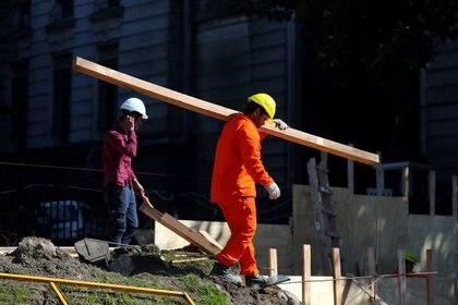 Trabajadores de la construcción en Buenos Aires, Argentina. Foto de archivo Sep 5 2018. REUTERS/Marcos Brindicci