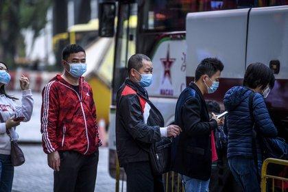 En China se registraron hasta el momento al menos 17 muertos por el coronavirus (Foto de Anthony Wallace/ AFP)
