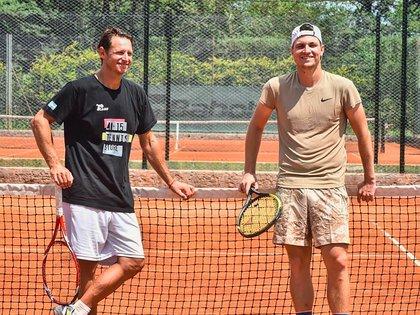 El ex tenista argentino trabaja junto a Miomir Kecmanović con el objetivo de sorprender en Ronald Garros