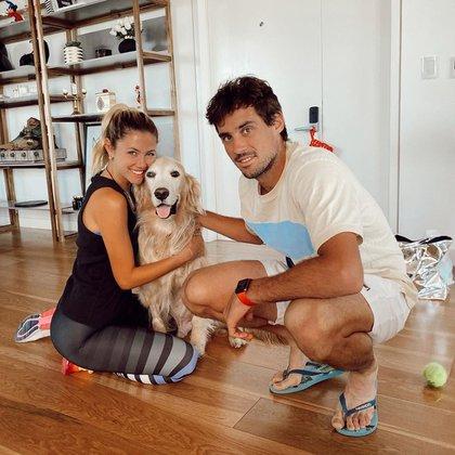 Guido Pella junto con su novia Stephanie Demner