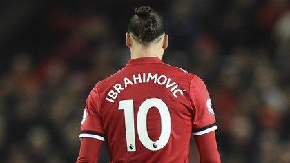 """La vida de película de Zlatan Ibrahimovic: de ser humillado en su infancia y robar bicicletas a convertirse en el """"Benjamin Button"""" del fútbol"""
