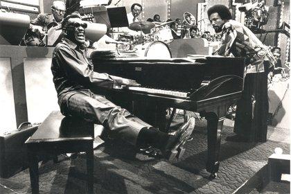 Junto a Quincy Jones (Foto: Gentileza de Ceroveinticinco)