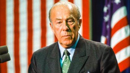 George P. Shultz, durante sus años vom,o secretario de Estado norteamericano en 1988 (Photo by Shutterstock)