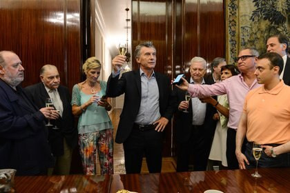 Mauricio Macri junto a periodistas acreditados de Casa Rosada