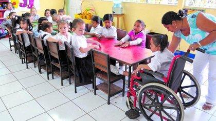 Es necesario un nuevo paradigma en educación inclusiva, afirman los expertos (Para Mas Org)