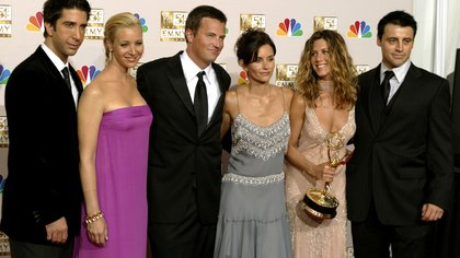 FILE PHOTO: FRIENDS CAST APPEARS WITH WINNER JENNIFER ANISTON AT EMMY AWARDS.
