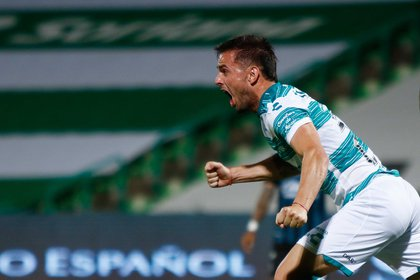 Guillermo Almada reconoció que Santos Laguna no estaba pasando por un buen momento (Foto: Cortesía/ Club Santos/ Armando Marin/ JAM MEDIA)