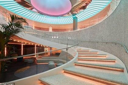 Uno de los estudios de diseño más importantes del mundo estuvo a cargo de la construcción del crucero.