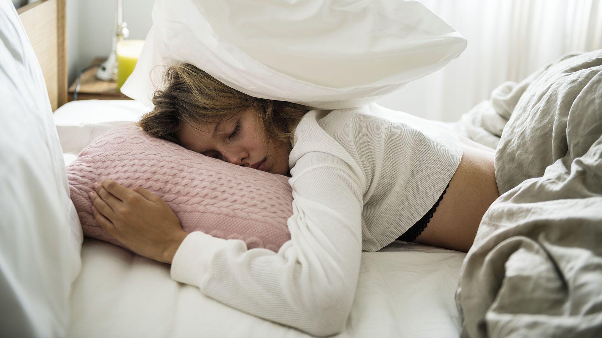 El COVID-19 produce gran cansancio y fatiga en gran parte de quienes la sufren (Getty)