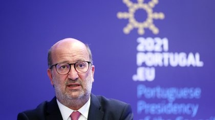 """La UE adoptó el objetivo de reducir """"al menos"""" el 55% de la emisiones de carbono para 2030"""