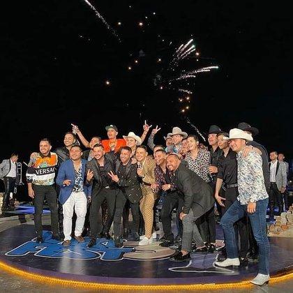 Tras varias horas de fiesta, el evento fue interrumpido abruptamente por personal de la Oficialía Mayor, que clausuró el inmueble (Foto: IG)