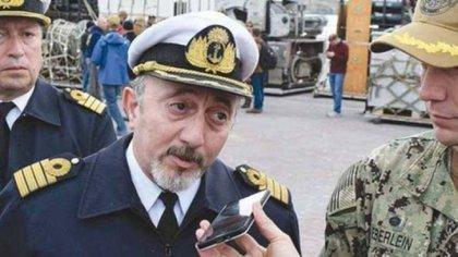 Capitán de Navío Gabriel Attis, jefe de la Base Naval Mar del Plata