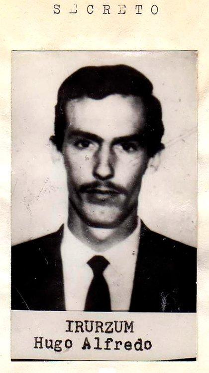 """Foto del prontuario de Hugo Irurzún, jefe de la Compañía de Monte, que le fue dado por el comisario Alberto """"Tubo"""" Villar a Juan Domingo Perón"""