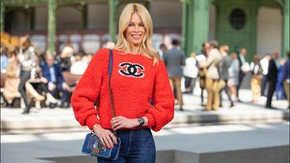 Claudia Schiffer en un desfile de Chanel en 2019