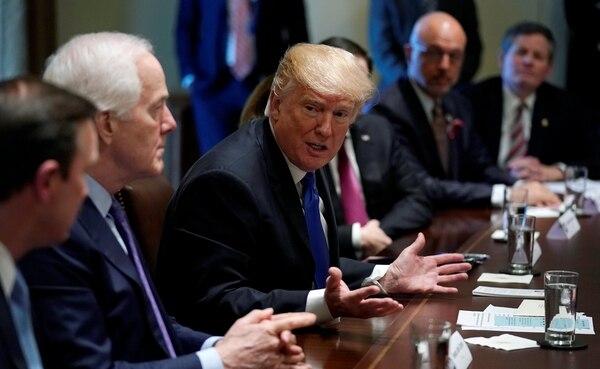 Trump durante su reunión de este miércoles. (REUTERS/Kevin Lamarque)