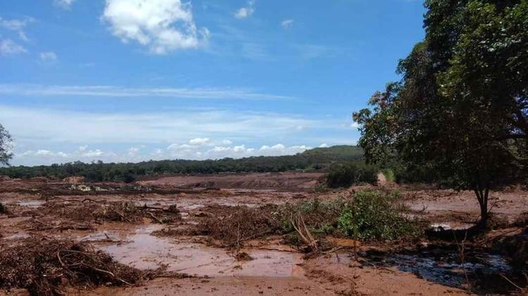 El Ayuntamiento de Brumadinho alertó a la población (Foto: Cuerpo de Bomberos / Divulgación)