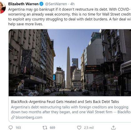 El tuit emitido en mayo por la senadora Warren, urgiendo a BlackRock a aceptar la oferta de restructuración del gobierno argentino