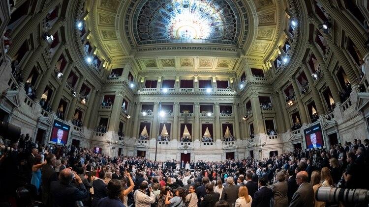 El presidente Alberto Fernández asume el mando en el Congreso de la Nación