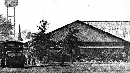 El Ejército Revolucionario del Pueblo (ERP) atacó el 23 de diciembre de 1975 el batallón de arsenales del Ejército Domingo Viejobueno, ubicado en la localidad bonaerense de Monte Chingolo