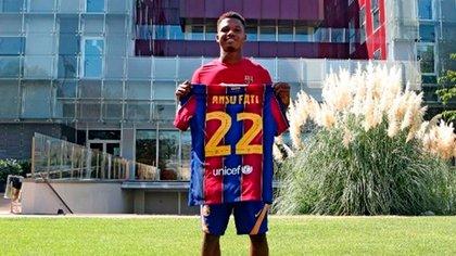 23/09/2020 El jugador del FC Barcelona Ansu Fati, con el dorsal '22' que lucirá en el primer equipo a partir de la temporada 2020/21DEPORTESFC BARCELONA