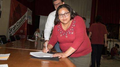 La senadora Citlalli Hernández llegó a la final junto a otras ocho mujeres y cuatro hombres por la secretaria general (Foto: Darkheart)