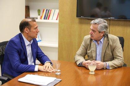 El presidente electo, Alberto Fernández, recibió el jueves al gobernador de Neuquén, Omar Gutiérrez