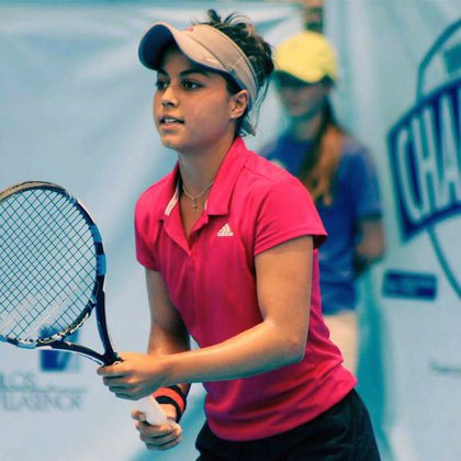 Renata Zarazúa fue galardonada con el premio nacional del deporte (Foto: Cortesía de Conade)