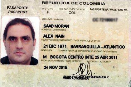 El empresario de origen barranquillero, Alex Saad, tiene doble nacionalidad colombo-venezolana, y residencias en Bogotá, Barranquilla y Caracas
