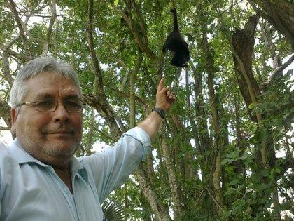 José Luis Álvarez Flores, ecologista y defensor del santuario del mono saraguato en Tabasco (Foto: Archivo)
