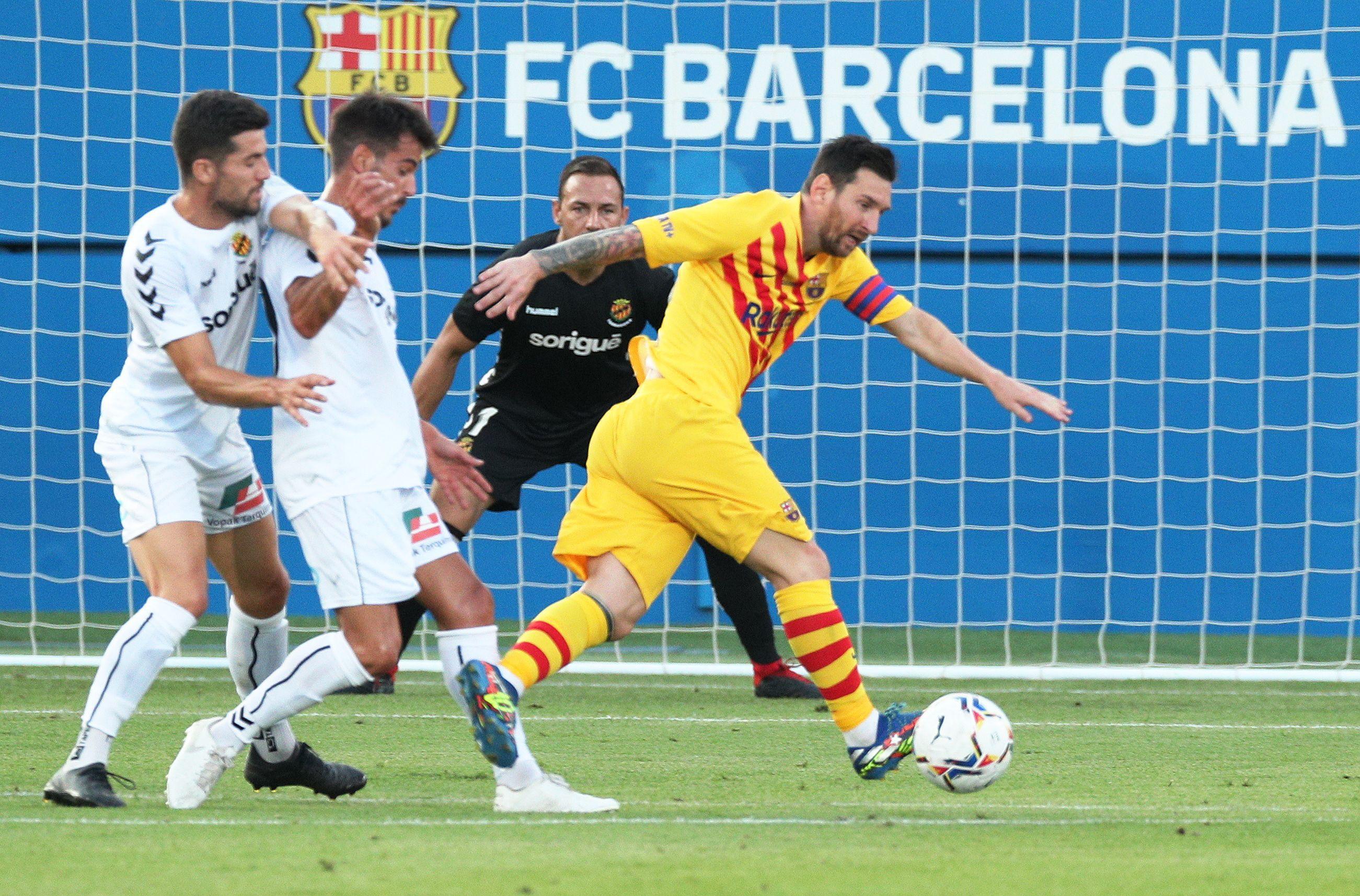 Lionel Messi le cedió un penal a Griezmann para que pudiera marcar- REUTERS/Albert Gea