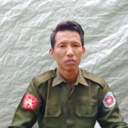 Los soldados Myo Win Tun (foto) y Zaw Naing Tun son los primeros miembros del ejército de Birmania en admitir abiertamente haber participado en lo que los funcionarios de las Naciones Unidas dicen que fue una campaña genocida contra la minoría musulmana rohinyá del país