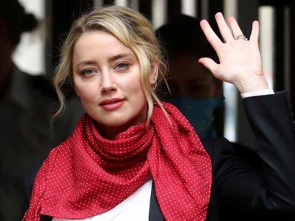 La actriz Amber Heard, que por años ha sostenido duras batallas en contra de Johnny Depp, apoyó a las víctimas de Manson (Foto: REUTERS/Simon Dawson/File Photo)