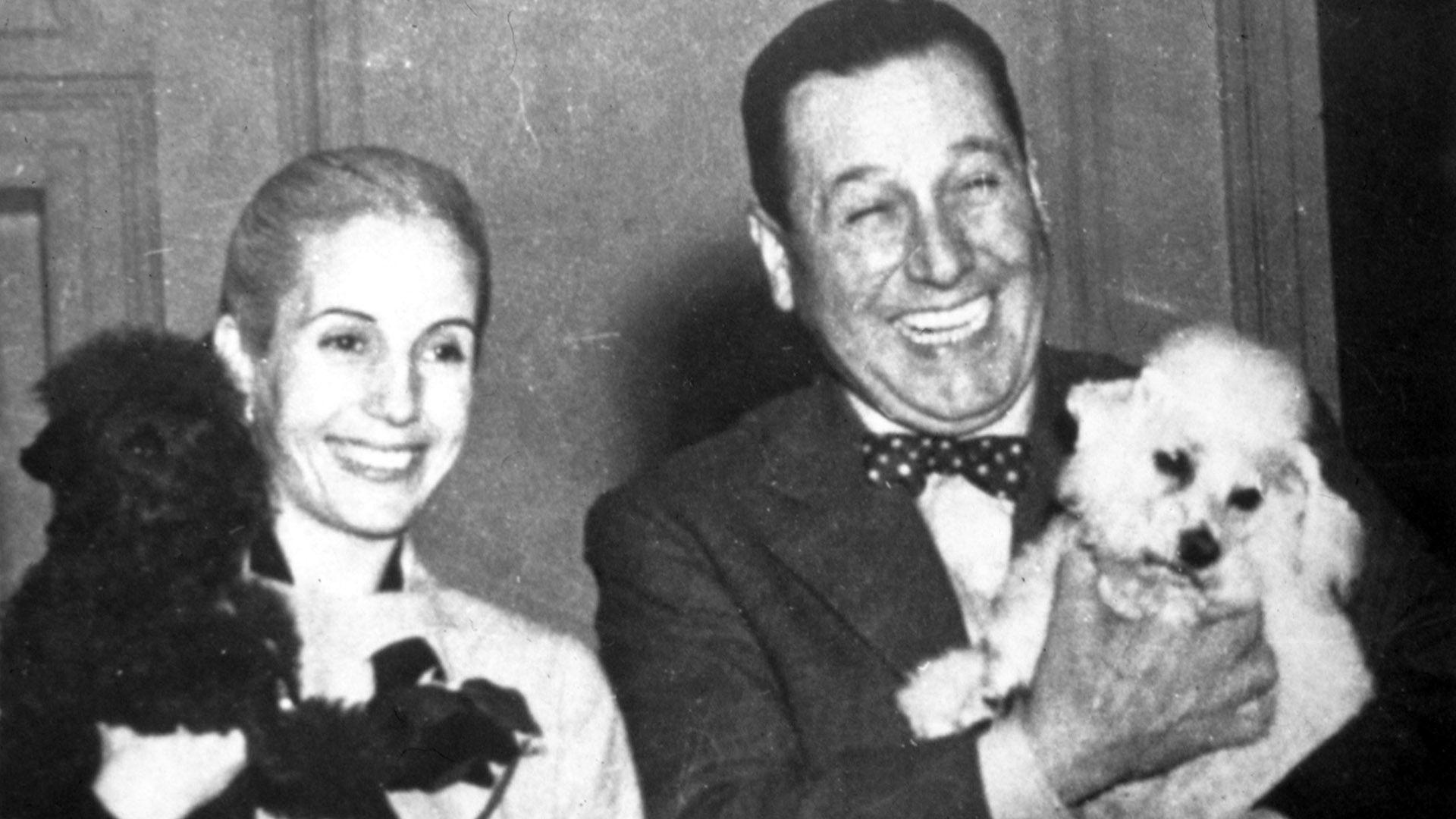 """En el año 52, Eva Perón toma la iniciativa de publicar un folleto con un recetario peronista, que se llamó """"La Papa"""" y cuya autoría está adjudicada a ella (Shutterstock)"""