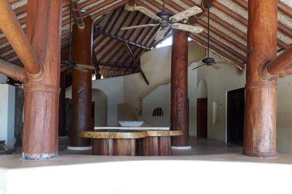 Una lujosa casa en el conodiminio Quinta Mar, es propiedad de la esposa de Emilio Lozoya, ex director de Pemex (Foto: Mexicanos Contra la Corrupción y la Impunidad)