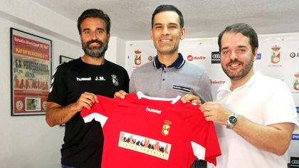 Rafael Márquez tendrá su primera experiencia como entrenador en Europa (Foto: RSD Alcalá)