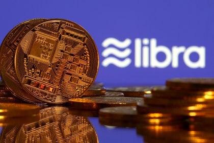 Representaciones de moneda virtual y logo de Libra, 21 junio 2019.REUTERS/Dado Ruvic/Ilustración
