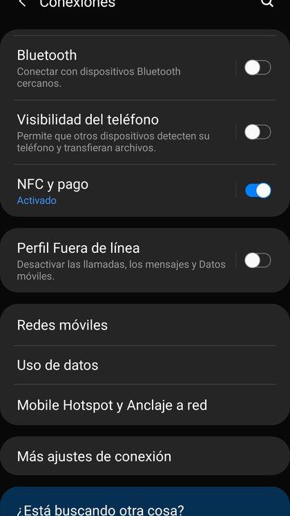 Dentro del menú de configuración del celular, la opción Mobile hotspot y anclaje de red permite utilizar el smartphone como punto de acceso a la red