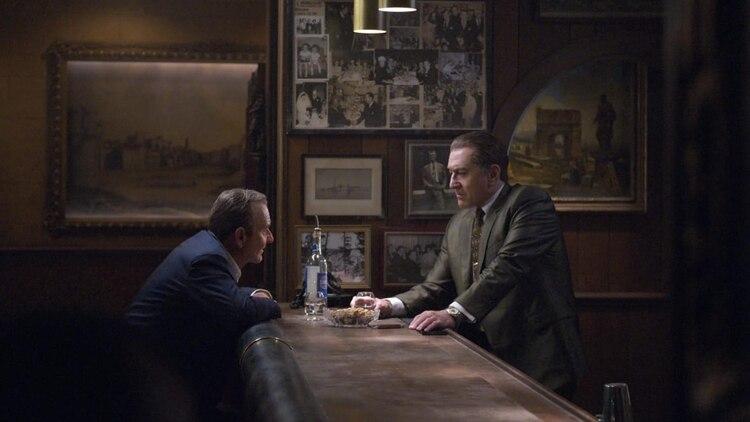 Tras años fuera de Hollywood, Joe Pesci vuelve a interpretar a un mafioso en el filme de Martin Scorsese y consigue una nominación a los Globos de Oro